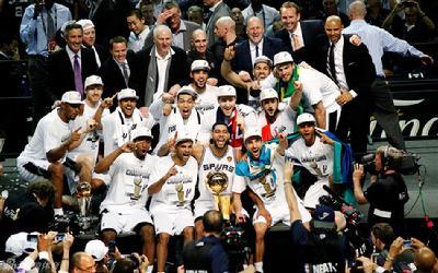 nba/【我们是冠军】2014年6月15日,NBA总决赛第5场马刺战胜热火...