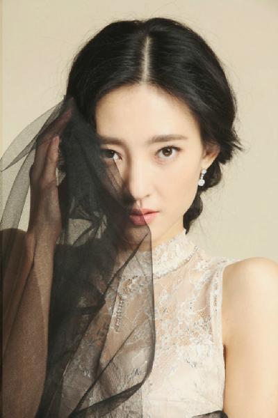 """""""素颜女神""""王丽坤因在《美人心计》中一人分饰三角"""